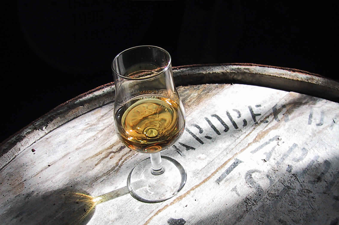 pub med stort whiskysortiment i Halmstad